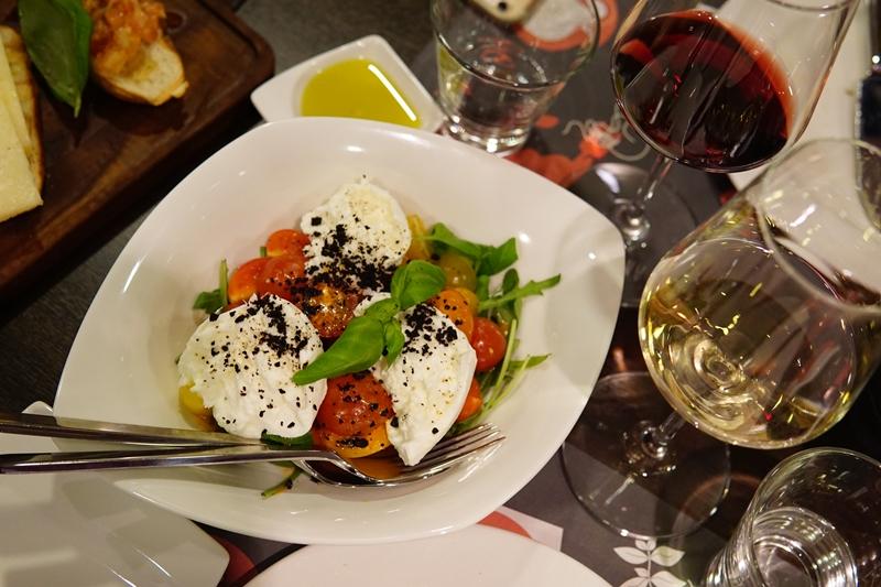 Mozzarella, italialainen ruoka