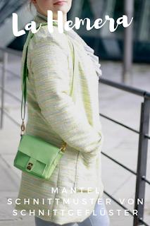 La Hemera von Schnittgeflüster ist ein gradliniger Mantel mit raffiniertem Stehkragen und großen aufgesetzten Taschen. Der Mantel ist ein perfekter Schnitt für die Übergangszeit. Er kann auch als Kurzjacke oder Weste genäht werden. Ein Allroundtalent und eine Empfehlung von Herzen!