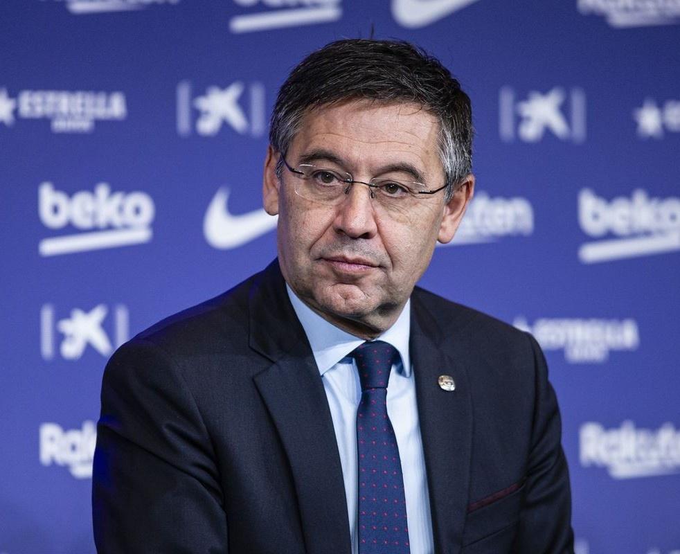 Chủ tịch Bartomeu hủy hoại Barca
