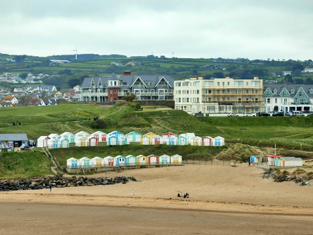Bude, Cornwall: Beach and distance view