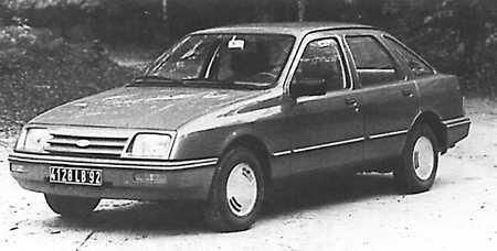 Ford Sierra первого поколения (Sierra '83) с кузовом берлина версии L, а также GL