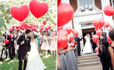 saída dos noivos, casamento, noivos, noiva, noivo, cerimônia, saída, balão, balões, gás