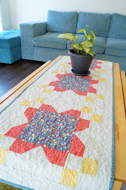 Blossom Tablerunner designed by Sherri Falls and made by Anorina Morris (www.sameliasmum.com)