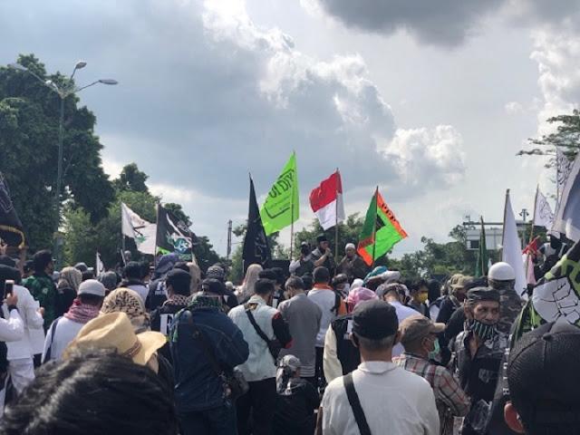 Umat Islam Buru Oknum di Balik RUU HIP