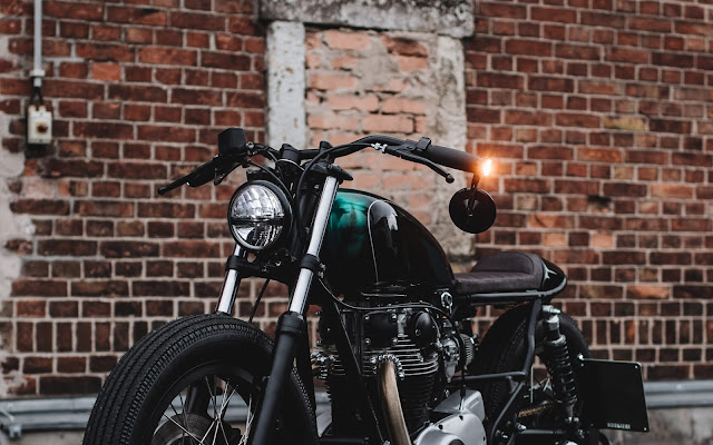 Yamaha XS650 1981 By Hookie Co Hell Kustom