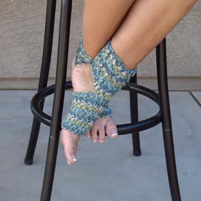 https://www.etsy.com/listing/613021848/yoga-socks-handknit-toeless-socks-flip?ref=shop_home_active_9&pro=1&frs=1