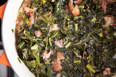 A Spoonful of Sofrito: Braised Collard Greens With Ham Hocks Recipe!