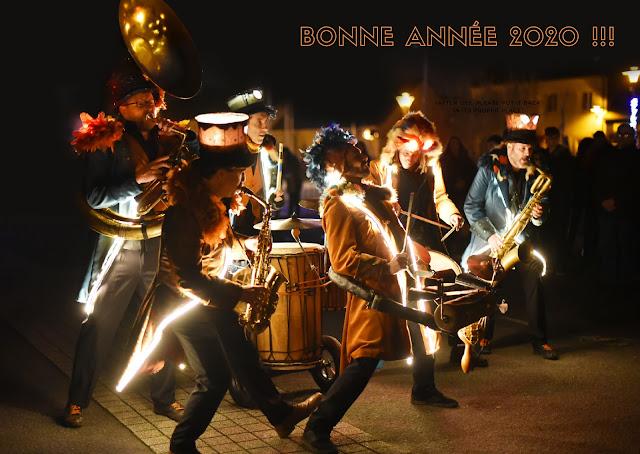 fanfares batucadas 2020 avec Babeltour et kafi, samba Baladi, royal sapiens, dr soukouss, Molokoye, fanfare lumineuse, fanfare avec lumières, fanfare carnaval, groupes de percussions brésilienne africaine, batucada avec lumières