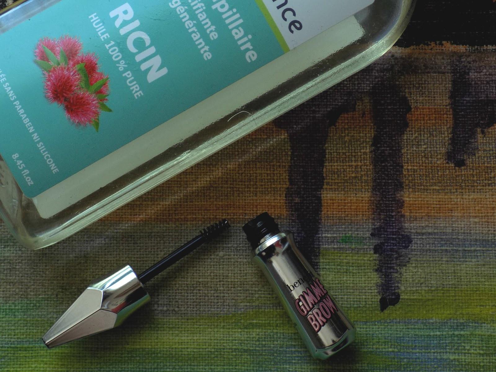 Olej rycynowy dobry do włosów i rzęs