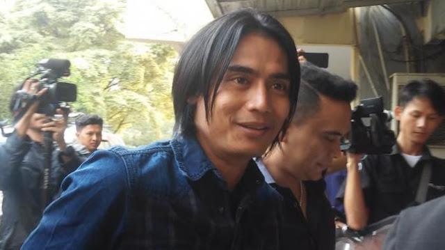 Charly Setia Band Jadi Tersangka Kasus Penipuan, Begini Kronologis Lengkapnya