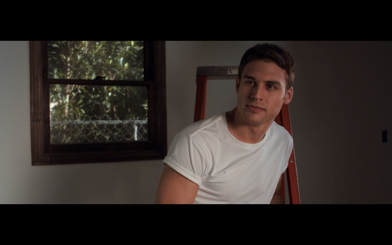 Eviltwins Male Film  Tv Screencaps 2 The Boy Next Door -2768