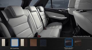 Nội thất Mercedes GLE 400 4MATIC Exclusive 2018 màu Xám Crystal 228