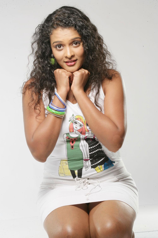 Movieword Actress Sonia Rare Photos