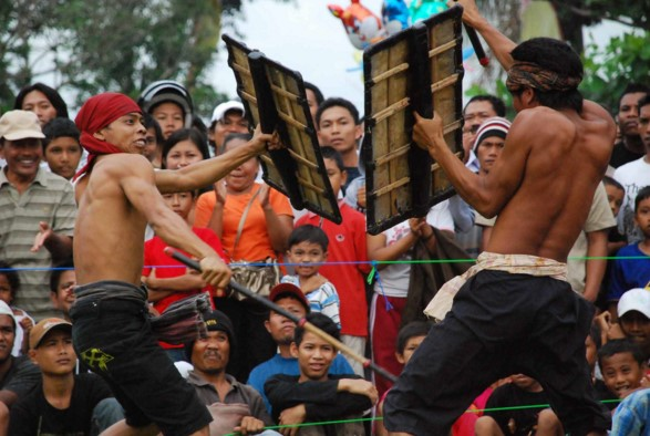 Peresean Suku Sasak Lombok NTB (Nusa Tenggara Barat)