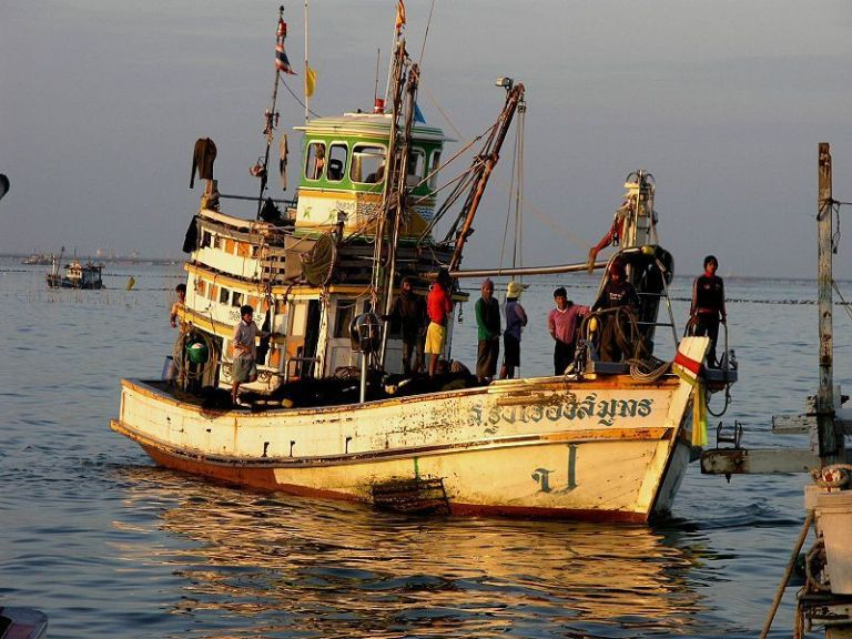 Second group of #Thai #fishermen return from #Somalia