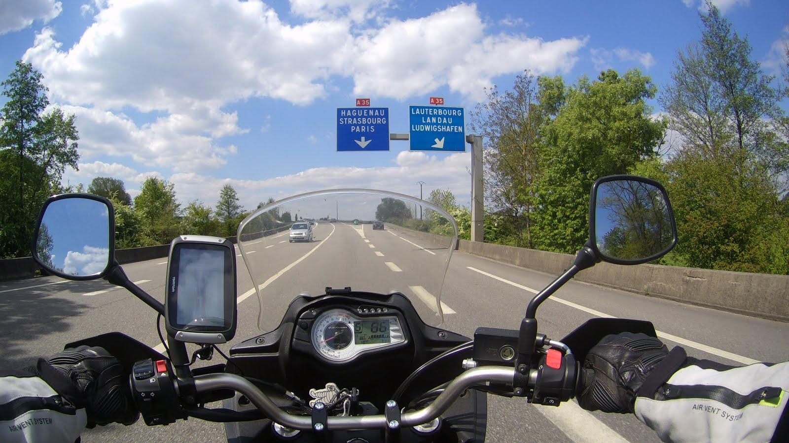 motorrad tourenfahrer blog motorradfahren in frankreich. Black Bedroom Furniture Sets. Home Design Ideas