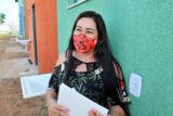 Famílias de baixa renda recebem casas em Samambaia