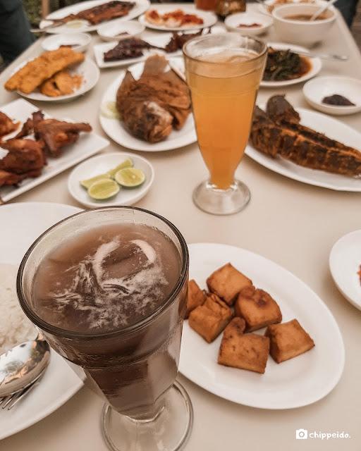 paviljoen surabaya menu ayam goreng ikan goreng bakar cianjur koffie huis restoran kulinersby kuliner surabaya foodies food blogger influencer chippeido