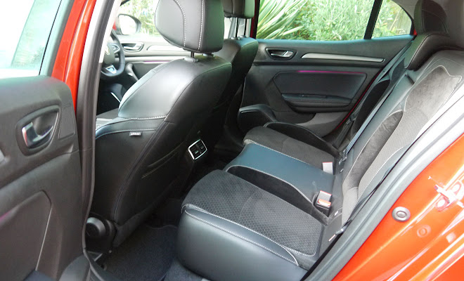 Renault Megane rear interior