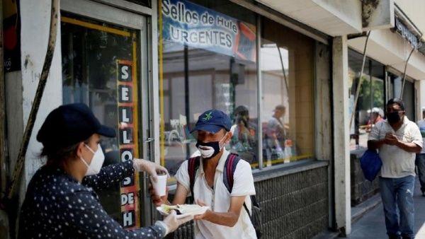 Más del 50% de deportados de EE.UU. a Guatemala tienen Covid-19