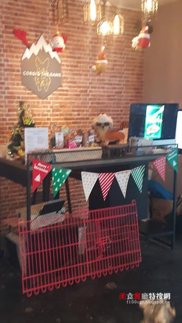 [馬來西亞] 檳城【Corgi & The Gang】寵物狗狗的主題餐廳和寵物旅店