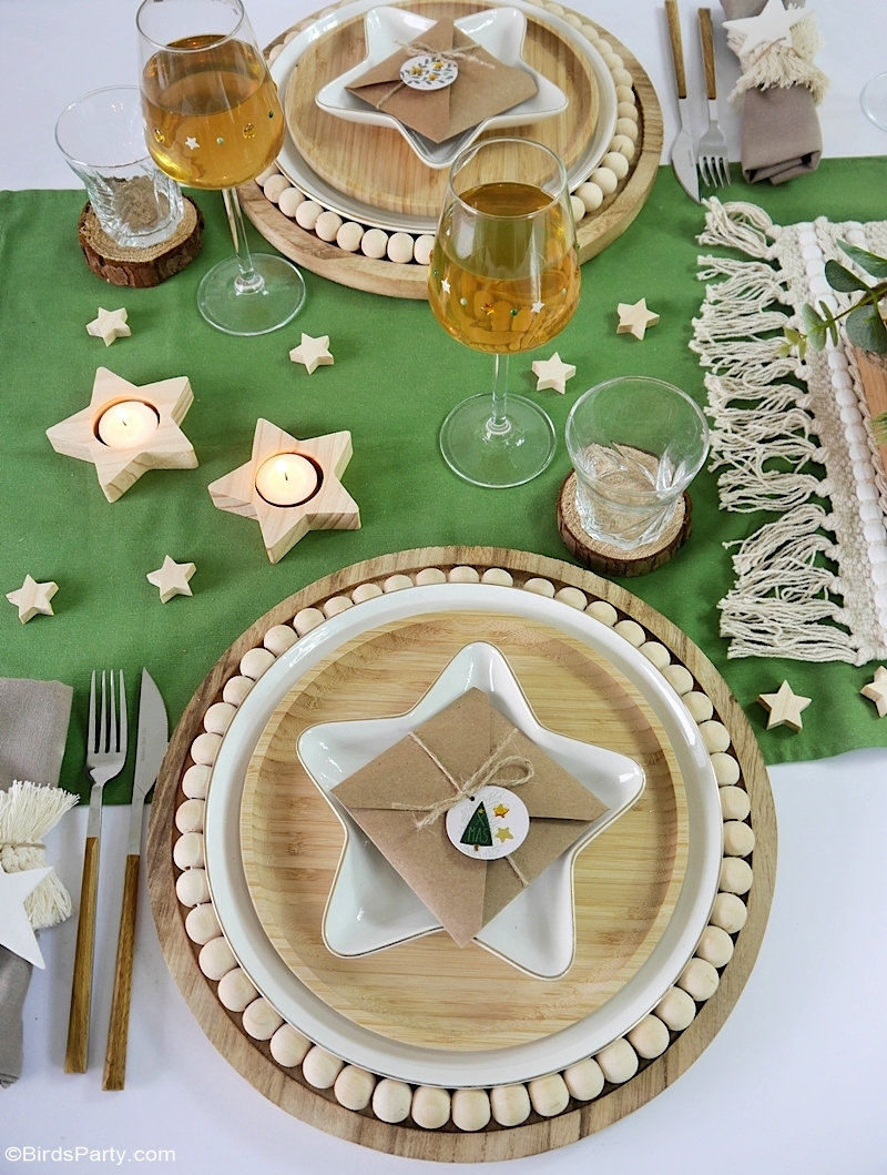Neutral Farmhouse Christmas Tablescape with Easy DIY Décor - quick and easy re-purposed décor that's also budget friendly for a cozy Holiday table! by BIrdsParty.com @birdsparty #diy #table #tablescape #Christmas #Christmastable #Christmastablescape #neutralfarmhouse #farmhousetable #farmhousedecor #neutraldecor #neutralChristmas #neutralChristmastablescape #naturalChristmas #naturaldecor #Holidaytablescape #farmhouse
