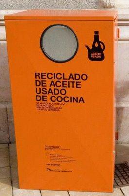 Resultado de imagen de contenedores de aceite
