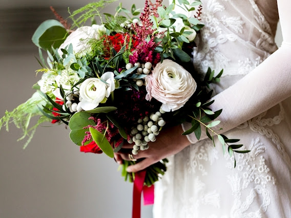 Bourguignon presenta su primera colección de ramos de novia