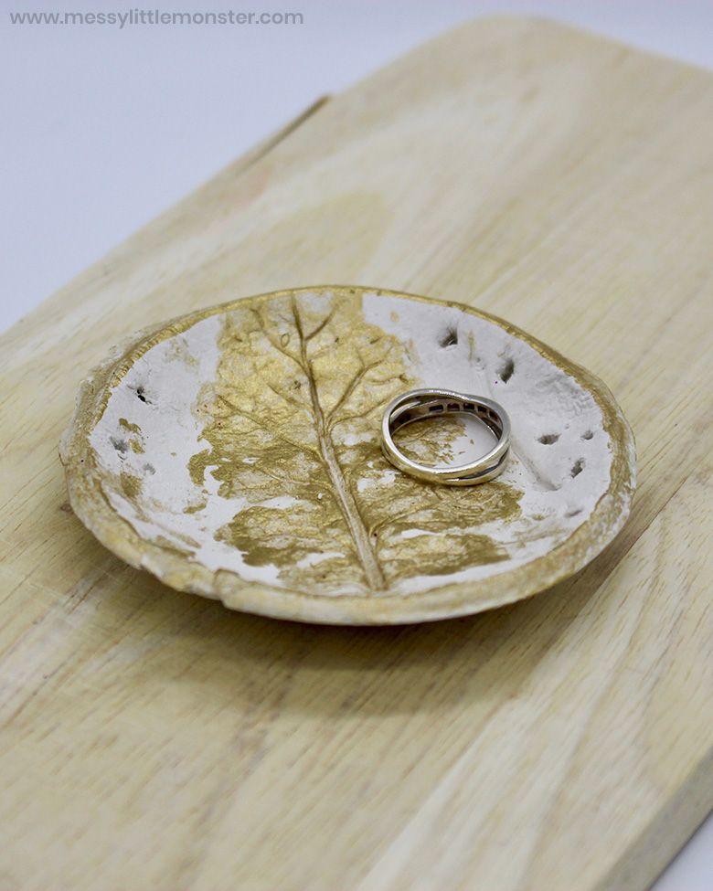 clay leaf bowl craft