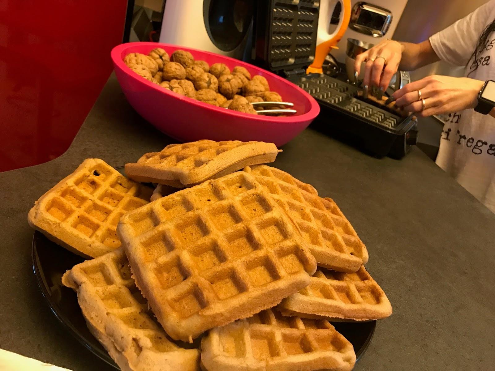 Ricetta Waffle Senza Burro Con Bimby.Con E Senza Bimby Waffle Senza Latte Senza Burro Senza Lievito