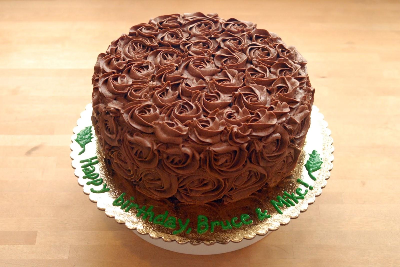 Night Baking Chocolate Rose Cake