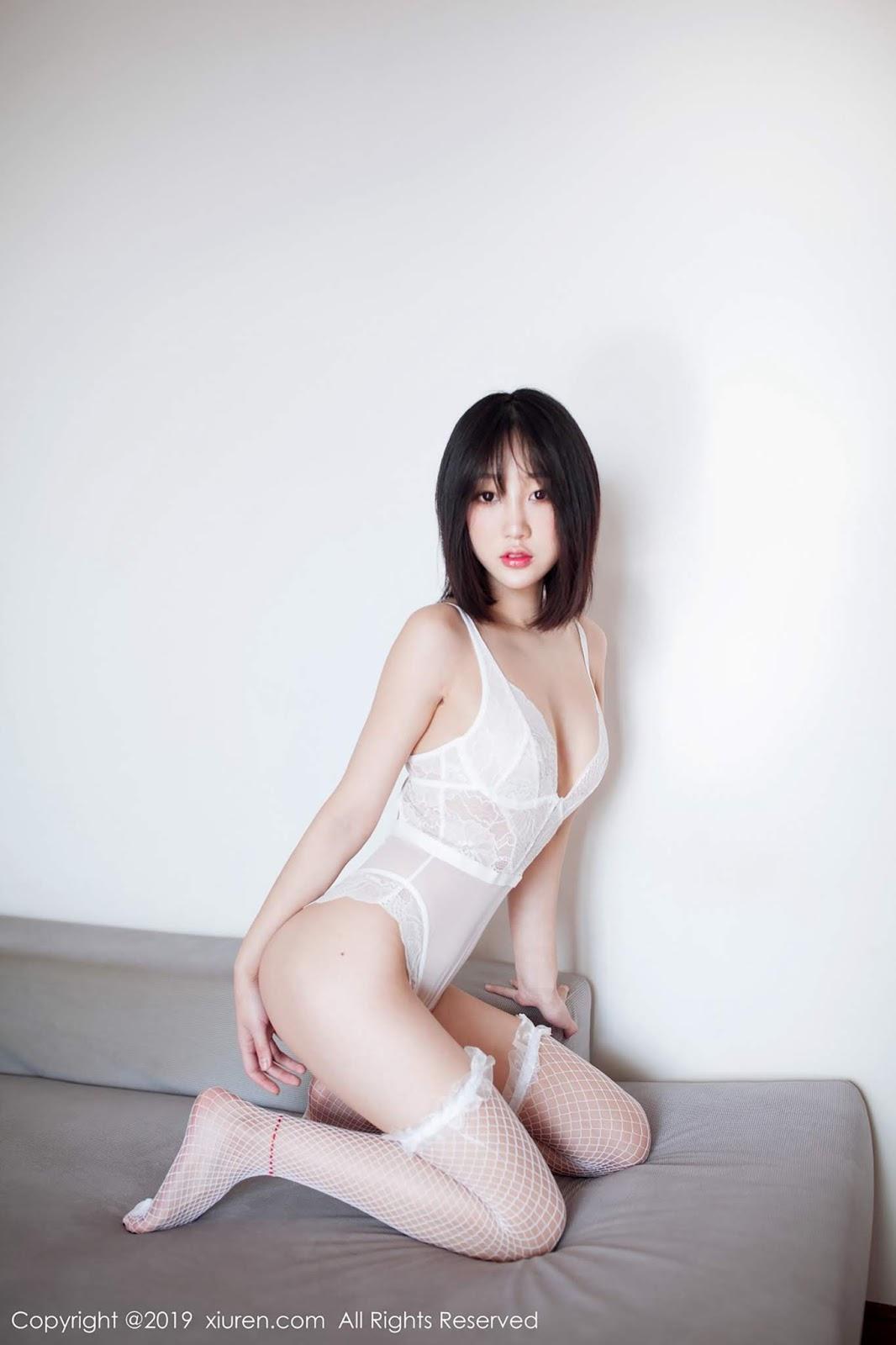 XiuRen No.1303 Xiao Jiu Yue lót ren xinh xắn