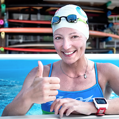 The triathlete and blogger known as Eiswuerfel Im Schuh, in an Endless Pool, Kona 2015