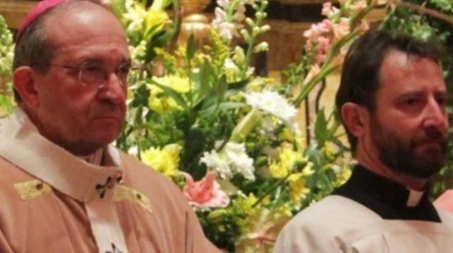 Mujer casada se metió con un sacerdote, ahora el esposo recibirá millones de pesos de compensación 4