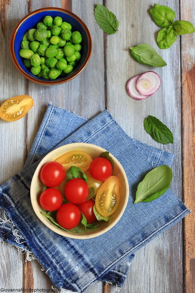 Pomodorini e piselli