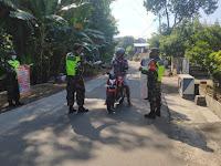 Anggota Kodim 0802/Ponorogo Ajak Warga Berantas Pandemi Menggunakan 5M