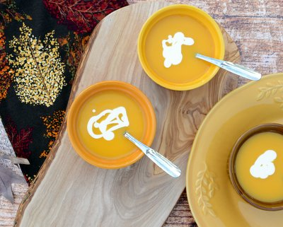 Butternut Squash Soup that Actually Tastes Like Butternut Squash ♥ A Veggie Venture, just three ingredients, silky smooth and quite elegant.