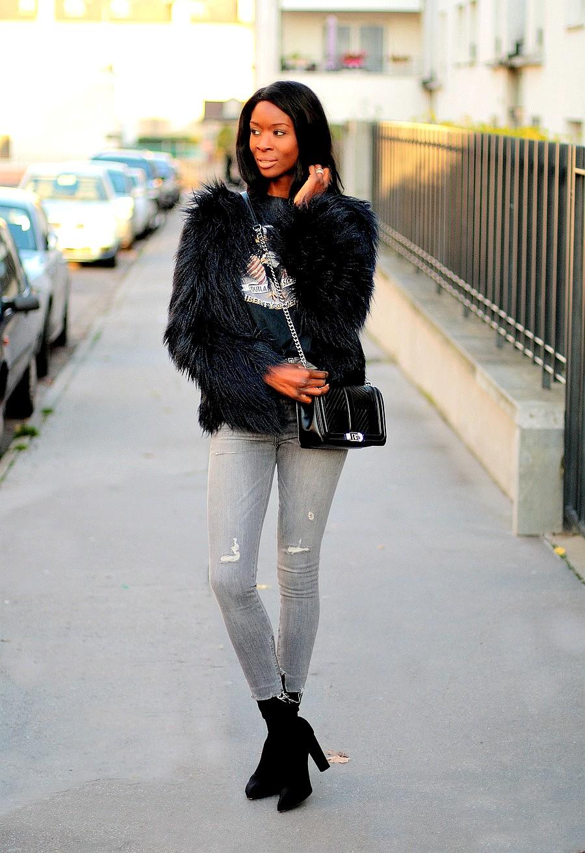 idee-look-avec-un-manteau-fourrure