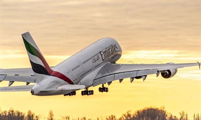 a380 emirates sunset takeoff