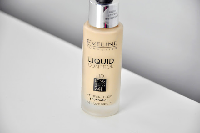 podkład eveline liquid control hd