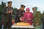 Korem 162/WB Dan Jajaran Beri Surprise Polda NTB Di Hari Jadi Ke-74 Bhayangkara