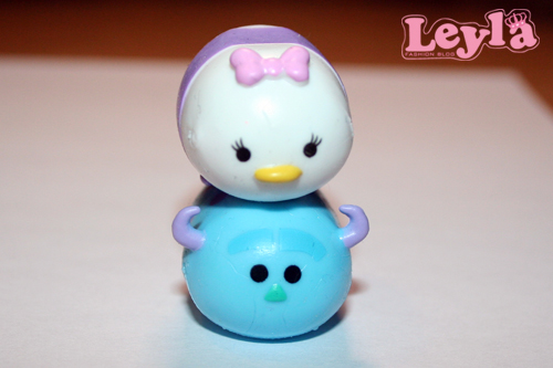 tsum tsum stapel figuren daisy duck en sully monster inc