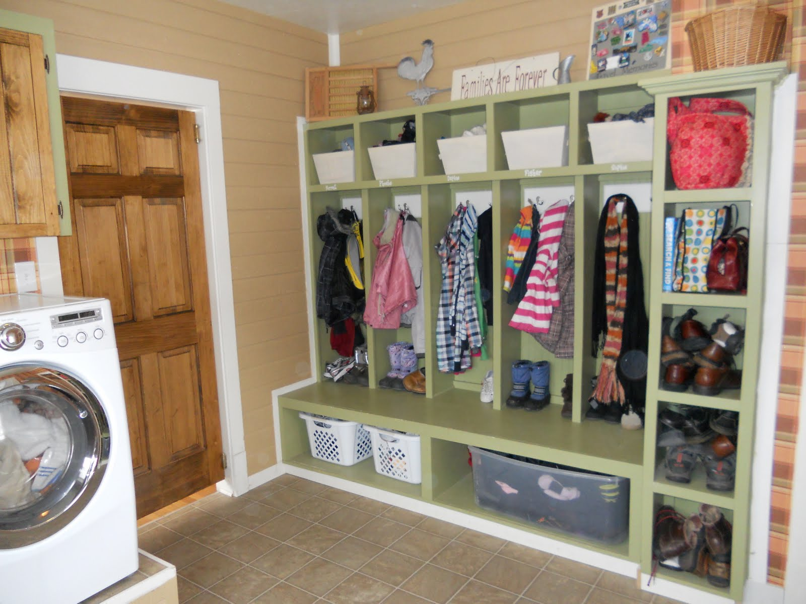 Your New House: Most Amazing Laundry/Mud Room Ever on Amazing Laundry Rooms  id=57609