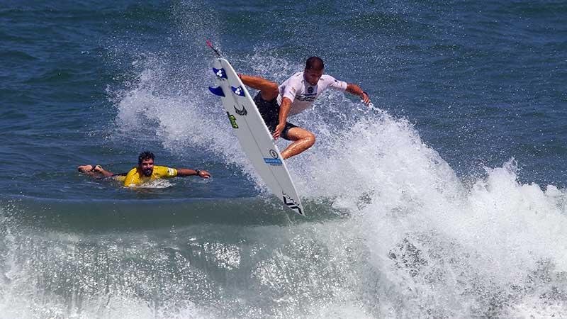 Mahalo Surf Eco Festival esquenta a briga por vagas no WCT ... e6f3483181e