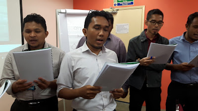 High Impact Presentation Skills by Azmi Shahrin at MISC on 9-10 March 2016 for Triple A Training