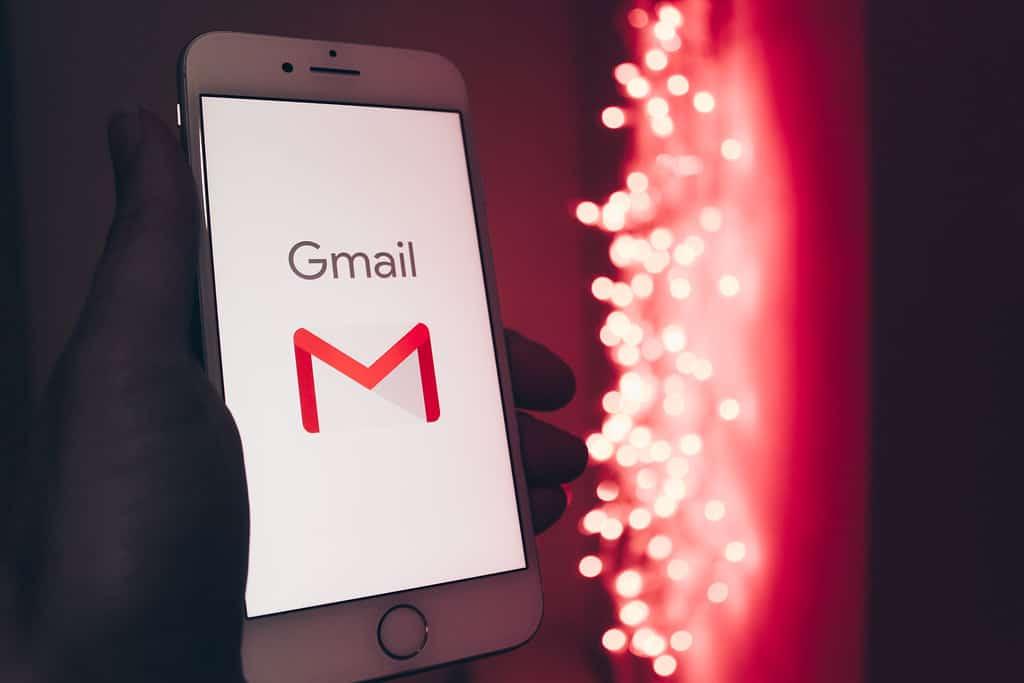 membatalkan email yang terlanjur terkirim