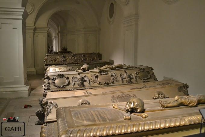 W grobowcach Habsburgów