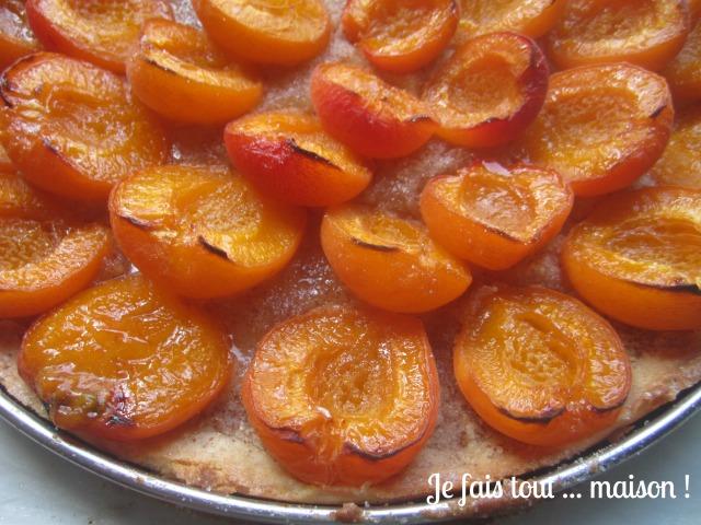 Abricots caramélisés et crème d'amandes