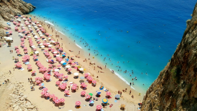 Plaje incantatoare