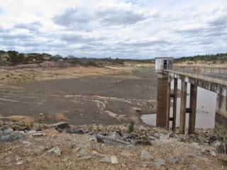 Responsável pelo abastecimento  d'água de 60% da cidade de Buíque Barragem do Mulungu entra em colapso